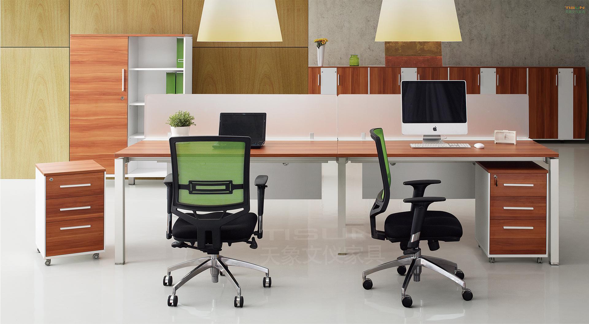 深圳办公家具如何选择两种材质不一样办公家桌